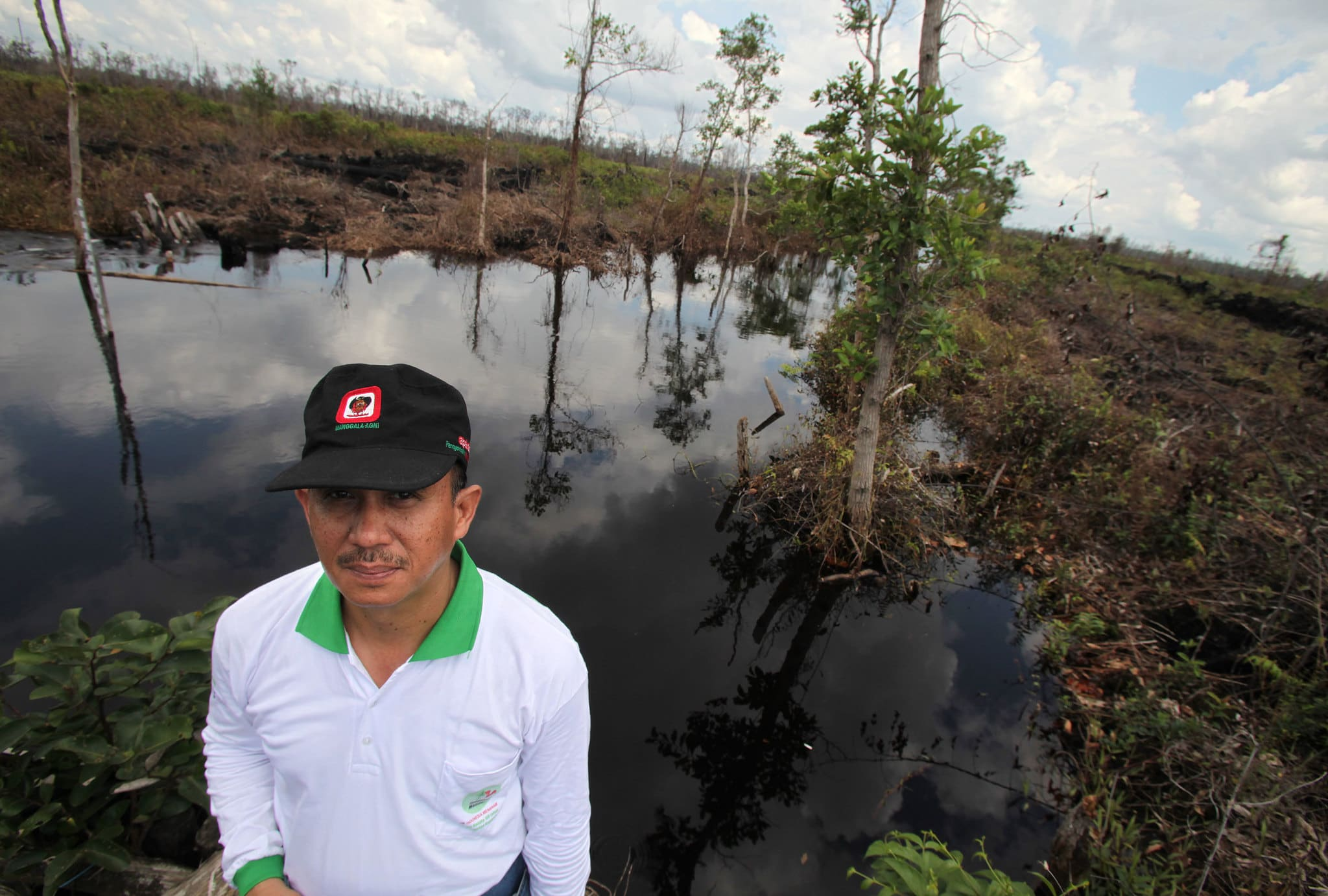 Inspection of degraded peat land in Central Kalimantan